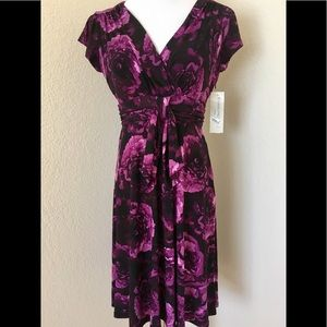 Evan Picone Floral A line purple dress cap sleeves